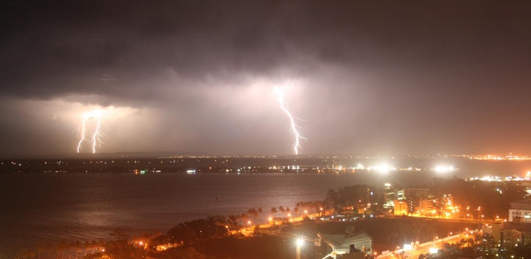 Trovoada  |  Thunderstorm