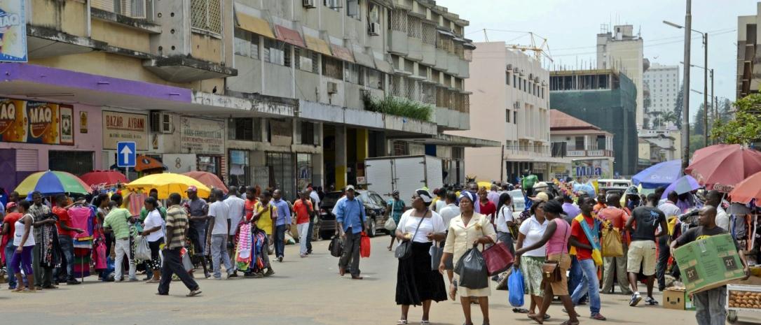 Ruas de Maputo  |  Maputo streets
